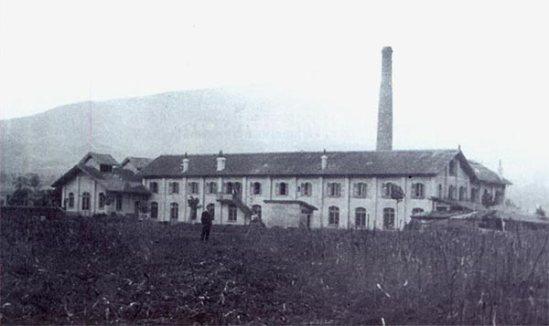 Fabrica de la nestle (foto antigüa)_Amigos de Udalla googlesites